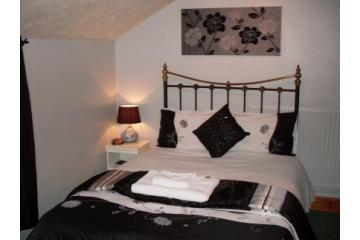 Charlotte House | Hotels Near Peterborough Arena